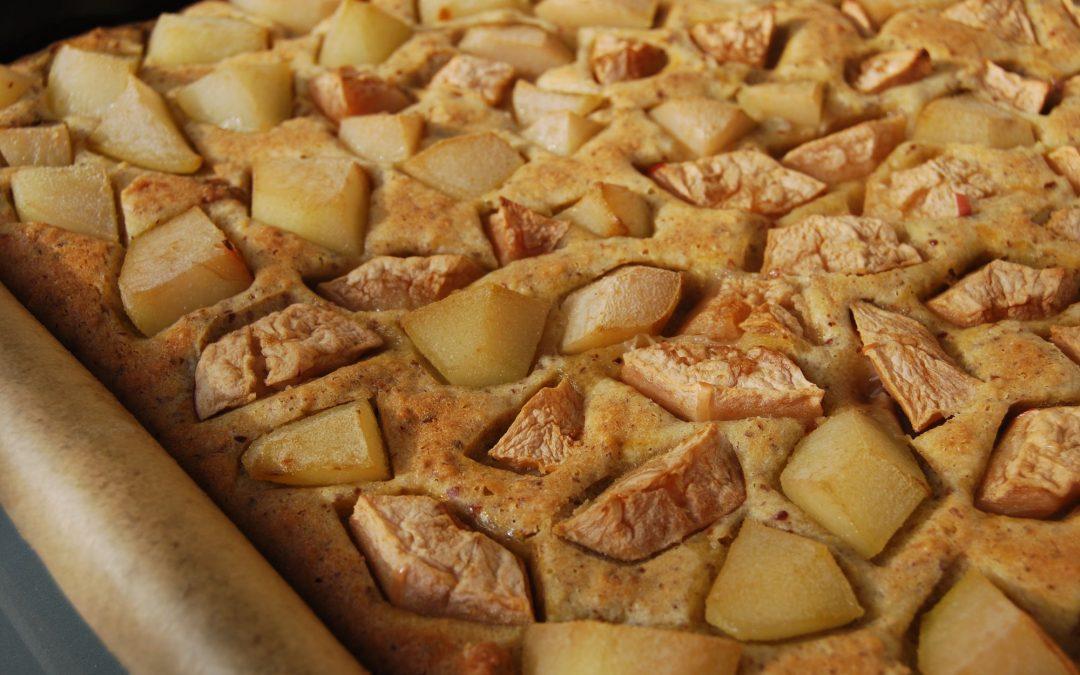 Der Herbst auf dem Backblech: Äpfel-Birnen-Nüsse-Mandelkuchen